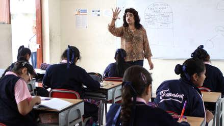 MEF: Profesores recibirán un aumento de sueldo de S/200 el próximo año