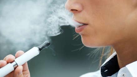 Se confirma tercera muerte relacionada con uso del cigarrillo electrónico y el cannabis en EE.UU.