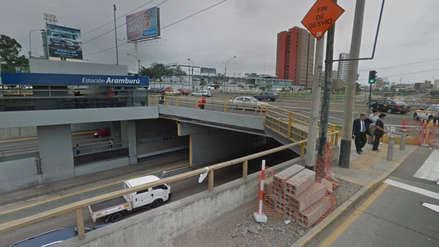 Hombre intentó suicidarse en el puente Aramburú y culpó a la corrupción por la pérdida de su empleo