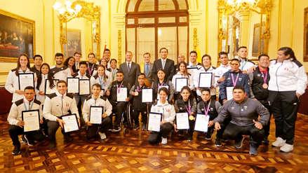 Medallistas peruanos en los Juegos Panamericanos y Parapanamericanos fueron reconocidos por Municipalidad de Lima