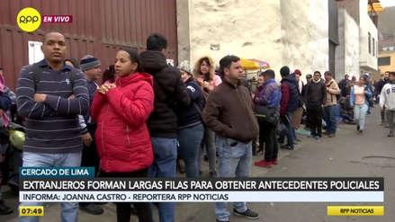 Cientos de venezolanos hacen cola afuera de la Diprove para sacar antecedentes policiales [VIDEO]
