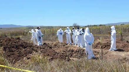 Más de 100 bolsas con restos humanos fueron encontradas en fosa clandestina en México