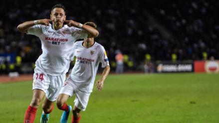 ¡La clavó al ángulo! El golazo de 'Chicharito' Hernández en su debut con el Sevilla en la Europa League