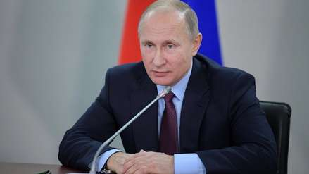 Acusan de extremismo a chamán detenido cuando iba a Moscú para