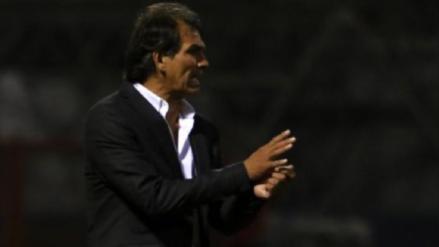 ¡No va más! Franco Navarro dejó de ser entrenador de UTC después de tres años