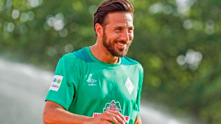 Claudio Pizarro consiguió un espectacular récord en la Bundesliga