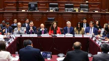 Comisión de Constitución se reunió con delegación de la Comisión de Venecia en el Congreso