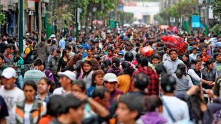 ¿Cuántas personas se mudan a Lima cada año?
