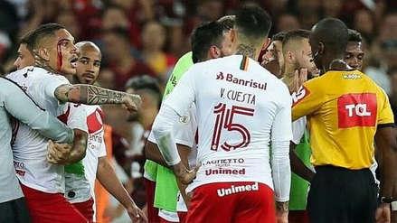 Revelan los insultos en inglés de Paolo Guerrero previo a su expulsión ante Flamengo
