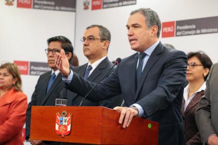 Salvador del Solar acudirá el lunes al Congreso con todo su gabinete por cuestión de confianza