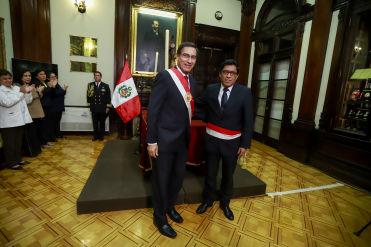 Vicente Zeballos juró como nuevo presidente del Consejo de Ministros