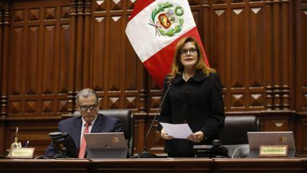 Mercedes Aráoz fue presentada por el Congreso como presidenta encargada tras suspensión de Martín Vizcarra