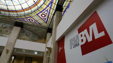Bolsa de Valores sufrió mayor baja diaria en 22 meses por crisis política