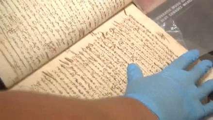 Perú recupera documentos del siglo XVIII robados que se vendían en Chile [Video]
