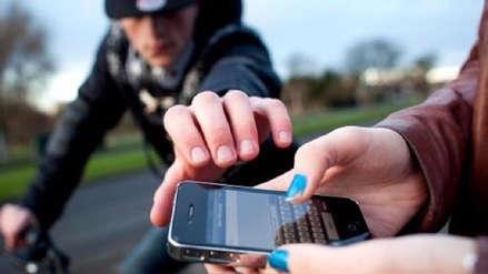 Le robaron su celular en San Juan de Miraflores, lo desbloquearon y vaciaron sus cuentas bancarias