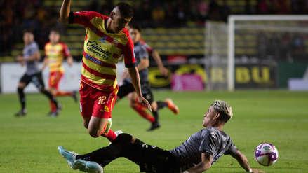 Edison Flores marcó un gol, pero no alcanzó: Morelia perdió 3-2 ante el Necaxa