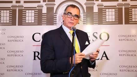 Disolución del Congreso   Denuncian penalmente a Pedro Olaechea por presunta usurpación de funciones