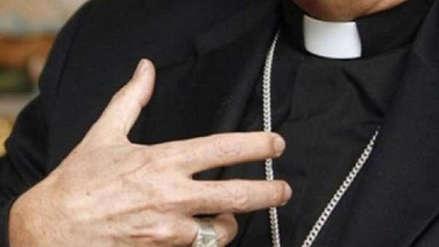 Obispo católico renuncia luego de ser acusado de conducta sexual inaceptable
