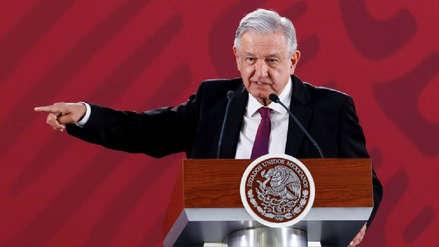 Presidente de México arremete contra funcionarios que ganan más que él: