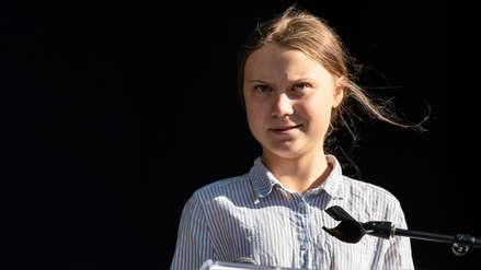 Aparece un muñeco con el rostro de Greta Thunberg colgado en un puente de Roma