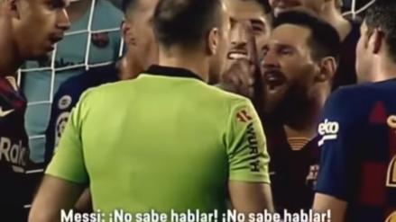El insólito reclamo de Lionel Messi al árbitro por defender a Dembelé:
