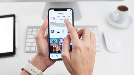 Jueza prohíbe a mujer mencionar a su expareja en redes sociales por un año