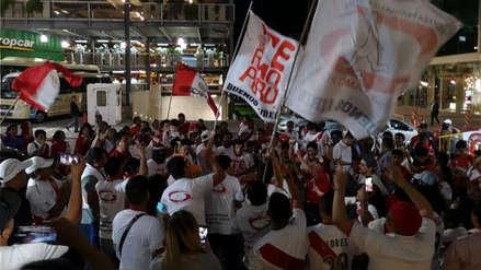 ¡Dejaron la garganta! Hinchas de la Selección Peruana realizaron banderazo con miras al Perú vs. Uruguay