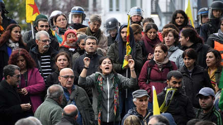 Miles de manifestantes en Europa apoyan a los kurdos de Siria contra el ataque de Turquía