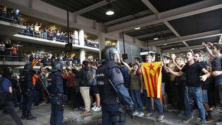 Caos en Barcelona | Disturbios en el aeropuerto y vías bloqueadas tras sentencia contra independentistas