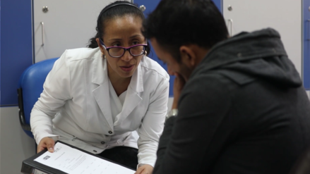 La admirable labor de conseguir donantes para pacientes en lista de espera