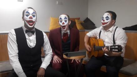"""Los Juanelos en modo """"Joker"""" arremeten contra los políticos peruanos [VIDEO]"""