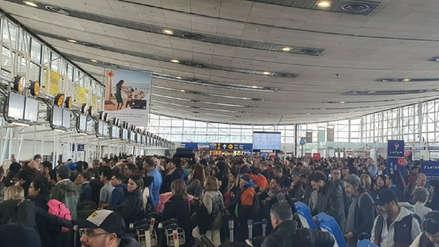 Aerolíneas suspenden vuelos en Chile durante el toque de queda total