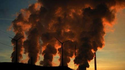 Informe dice que compañías de combustible fósil desinformaron al mundo sobre cambio climático