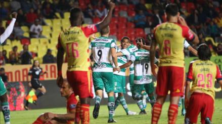 Con gol y asistencia de Edison Flores, Monarcas Morelia empató 2-2 ante Santos por la Liga MX