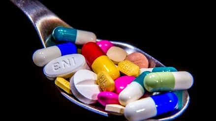¿Cuál es la diferencia entre los medicamentos genéricos y de marca?