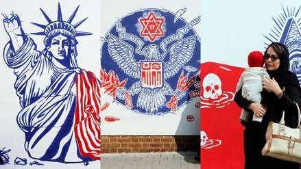 Irán presenta nuevos murales antiestadounidenses en su antigua embajada [FOTOS]