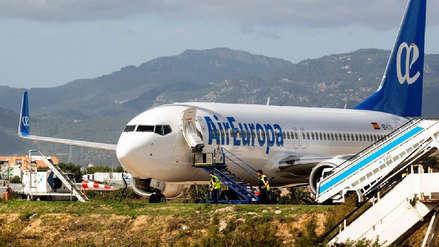 Piloto activó por error la alerta de secuestro y provocó la evacuación de los pasajeros de un avión