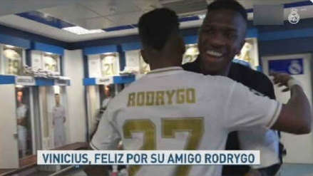Rodrygo recibió bello gesto de Vinicius Junior tras anotar un triplete con Real Madrid en la Champions League
