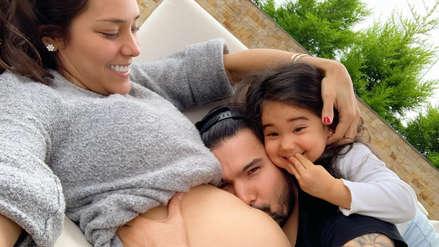 Ezio Oliva anuncia que él y Karen Schwarz volverán a ser padres en un emotivo mensaje