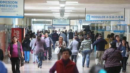 Gobierno evalúa restituir aportes a EsSalud a gratificaciones de trabajadores