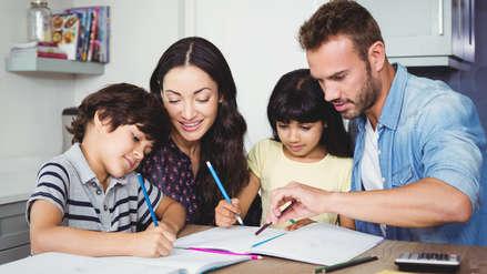 De profes a padres: Cinco recomendaciones para reforzar el desempeño escolar desde casa