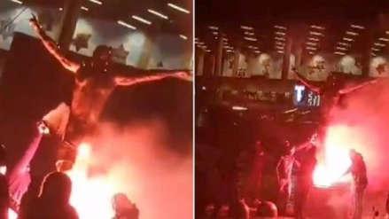 Vándalos queman la estatua de Zlatan Ibrahimovic y causan destrozos en su casa