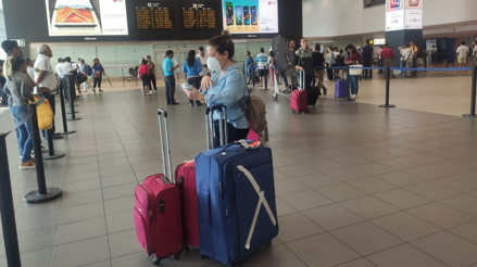 Pasajeros del Aeropuerto Jorge Chávez señalan que no hay medidas de control ante nuevo coronavirus