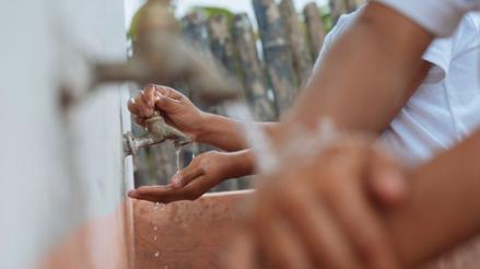 3.000 millones de personas en el mundo no tienen agua ni jabón para protegerse del coronavirus