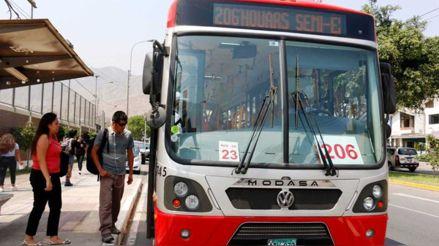 ATU: Conductores de transporte público velarán que restricción por género se cumpla