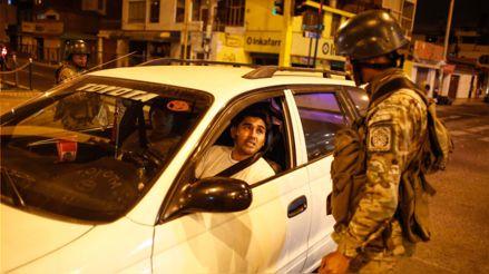 ¿Qué documentos deben portar los taxistas durante el estado de emergencia? [AUDIOS]