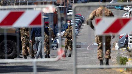 El Ejército aisla un edificio ocupado en Roma con casos de coronavirus