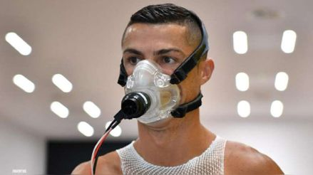 Cristiano Ronaldo pasó por la prueba del hisopado y Juventus espera evitar su cuarentena en Italia