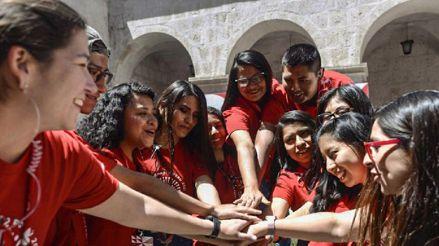 Voluntarios del Bicentenario brindan apoyo emocional a más de 100 mil personas en estado de vulnerabilidad [Audiogalería]
