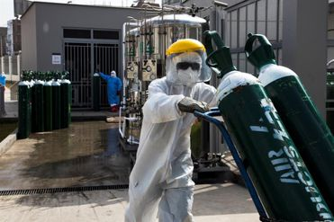 Coronavirus en Perú, minuto a minuto:  123 979 contagios y 3 456 fallecidos a causa de la pandemia hoy, 25 de mayo de 2020   Últimas noticias EN VIVO   Estado de emergencia Perú día 71